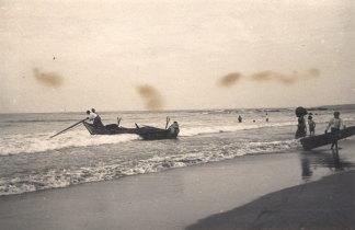Barcos do pilado na praia da Foz  do Neiva