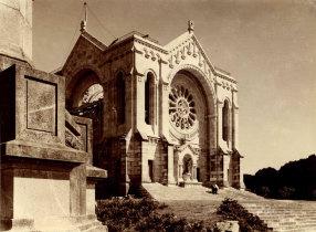 O templo de Santa Luzia em adiantado estado de construção