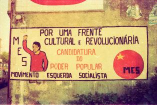 Mural da Revolução