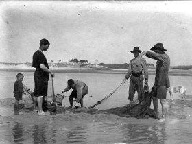 Cena de pesca no estuário do rio Neiva