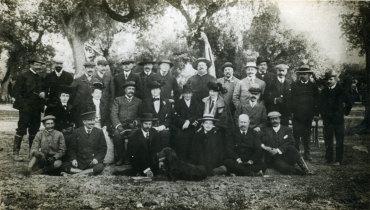 Rainha D. Amélia e os Príncipes de Orleans