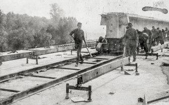 Construção do telhado do aeroporto de Bordéus
