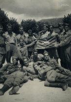 Grupo de militares do Regimento de Infantaria 6