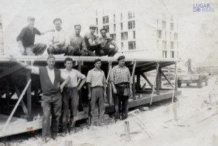 Grupo de emigrantes em França