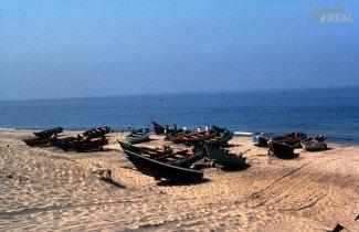 Embarcações na praia de Castelo do Neiva