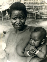 Mulher e criança de Mueda
