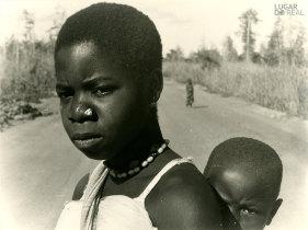 Mulher e criança de Nacala