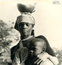 Mulher e criança de Memba