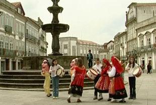 Joãozinho vai a Viana